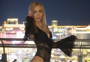 Josyne escort girls