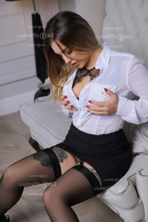 Lilline escort girl
